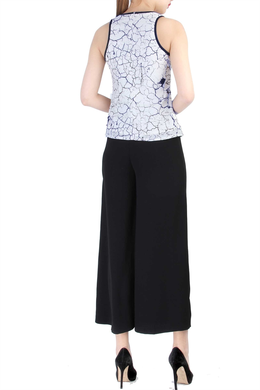 Picture of Dyora Top (Navy)