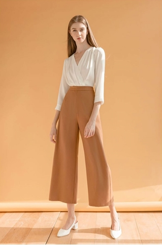Show details for Dreslyio Jumpsuit (White+Brown)